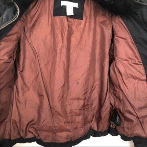 H&M Jackets & Coats - •H&M• Black Puffer Jacket w/Black Faux Fur Collar